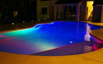 Tendencias en iluminación para tu piscina