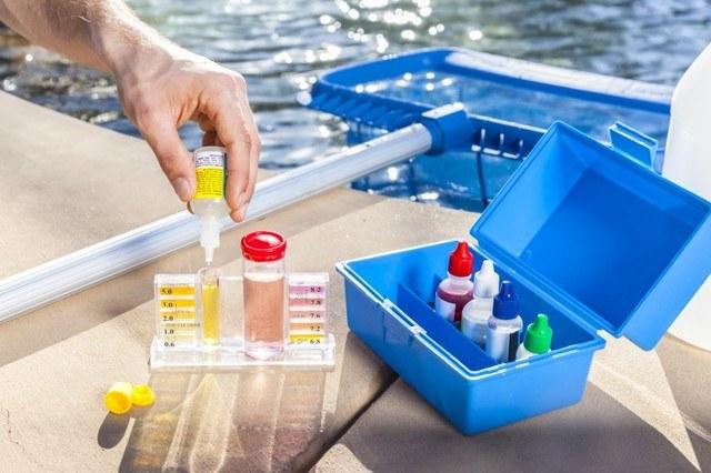 mantenimiento del agua de piscina en Tarragona