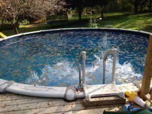Mantenimiento de piscina en primavera